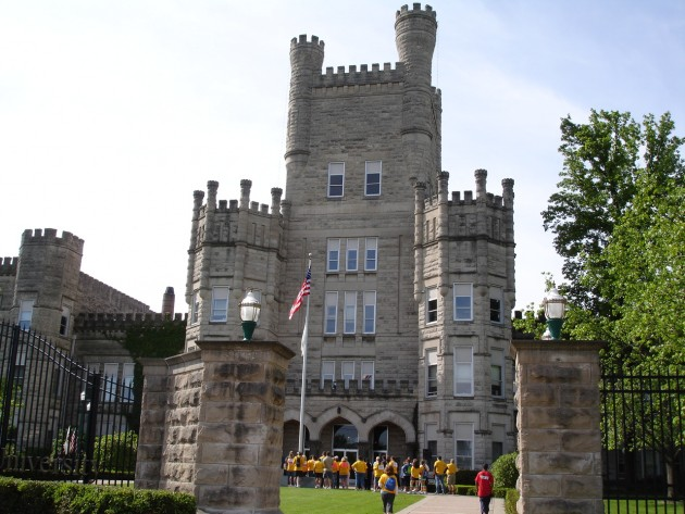 10 colleges with programs for asd students - Transitional Castle 2016