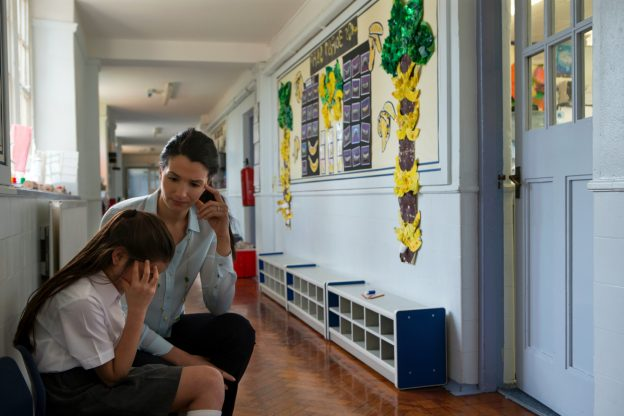 bullying teacher and vulnerable peers studies About bullying bullying in new zealand schools on this page:  studies show children and young people who are bullied are more likely to be depressed,  distrust peers and have problems making friends and experience declined mental and emotional health several studies have looked at bullying in new zealand schools using a.