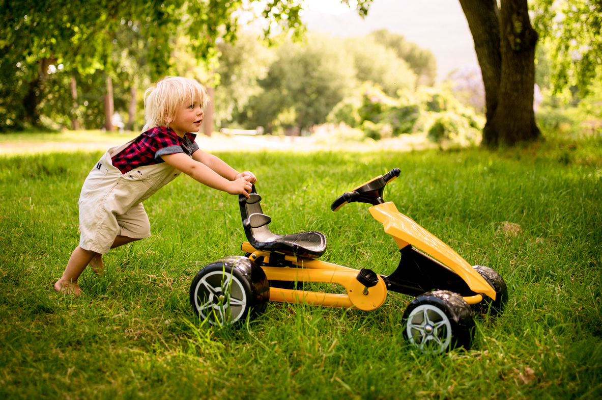 10 Fun Outdoor Toys That Strengthen Motor Planning, Executive Function, Social Skills, and More