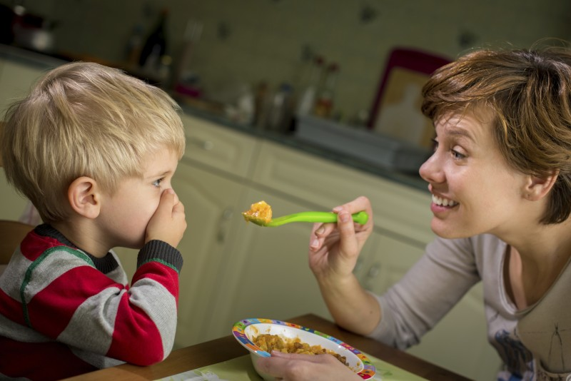 5 Signs that Your Older Child May Benefit from Feeding ...