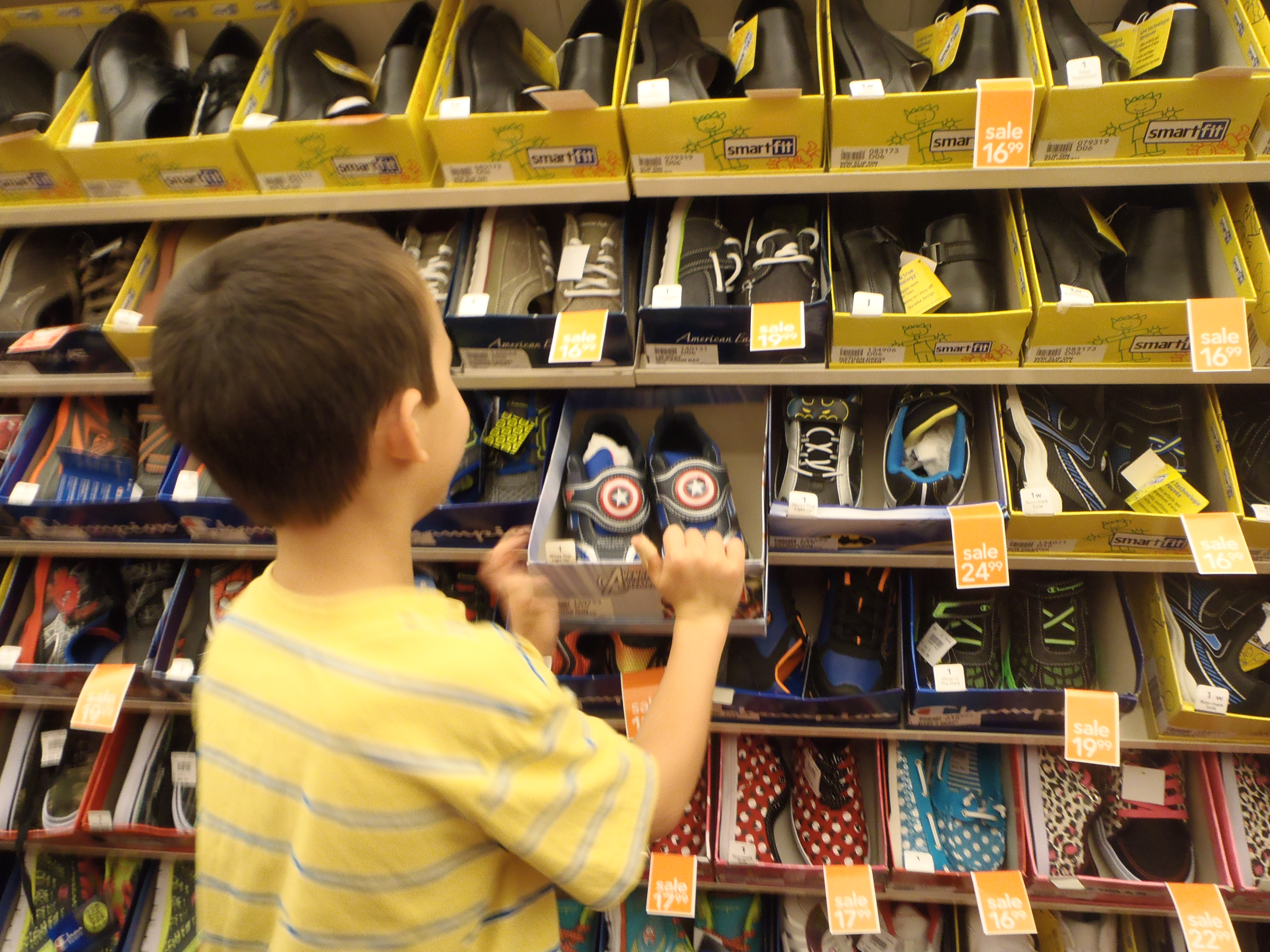 20fb4a2aec36 17 Tips For Finding the Right Shoes for your child with special ...