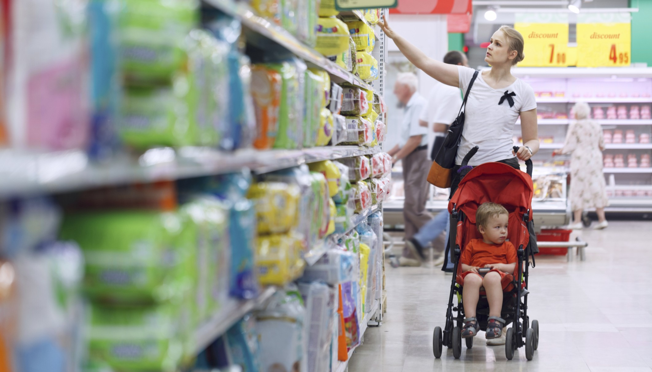 mom shopping in store