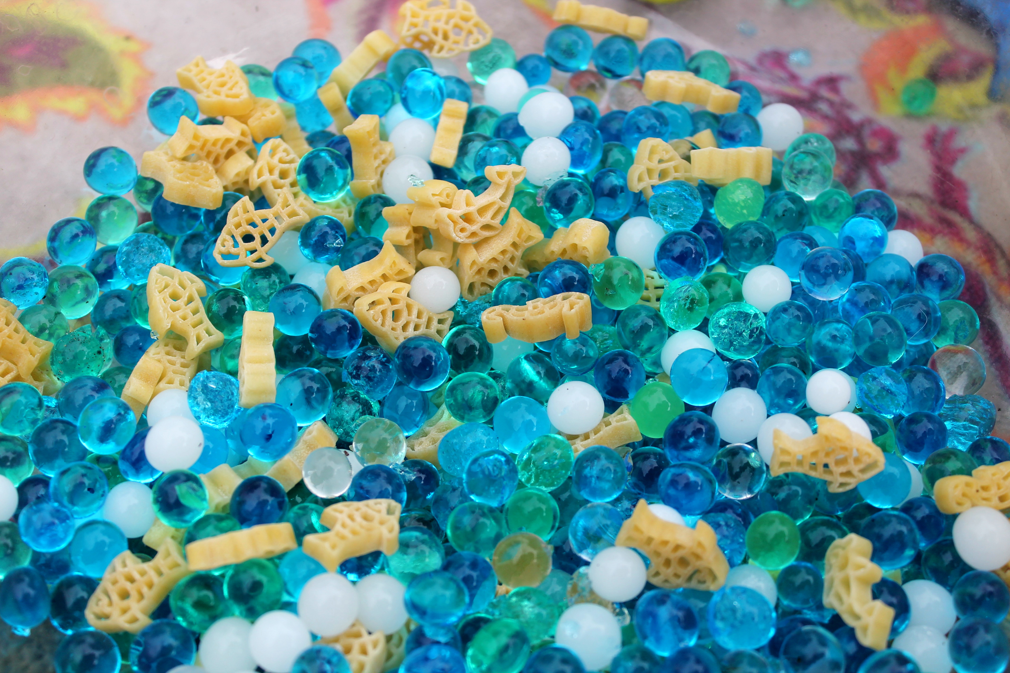 10 Awesome Sensory Bins to Create this Summer