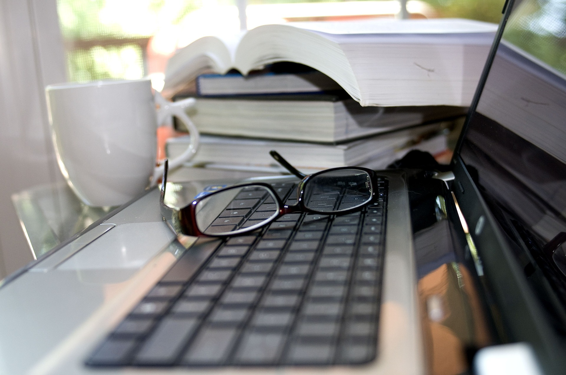 Mix Some Blogs by Adults with Disabilities into Your Parent Blog Reading Routine