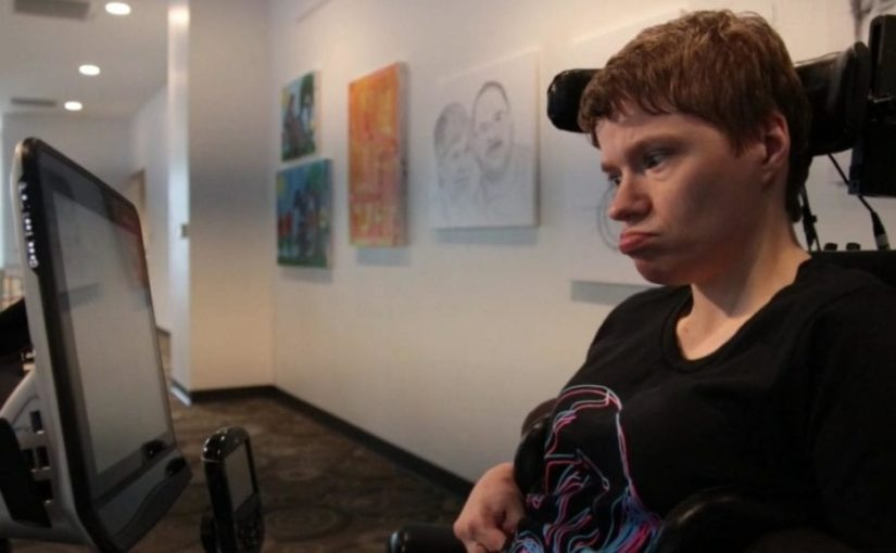 Woman with cerebral palsy creates art with her eyes